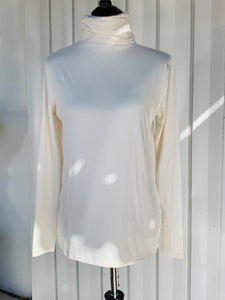 Copy of Super Soft Turtle Neck (Cream)