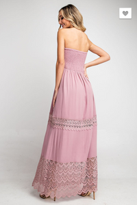 SLEEVELESS SMOCKED LACE MAXI DRESS