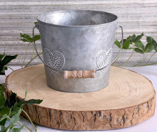 Washed Zinc Heart Bucket-Medium