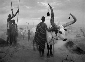 Dinka camp cards by Sebastião Salgado