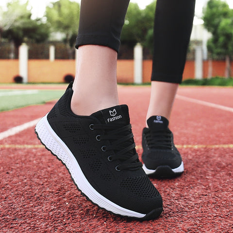 Women casual shoes fashion breathable Walking mesh lace up flat shoes sneakers women 2019 tenis feminino pink black white