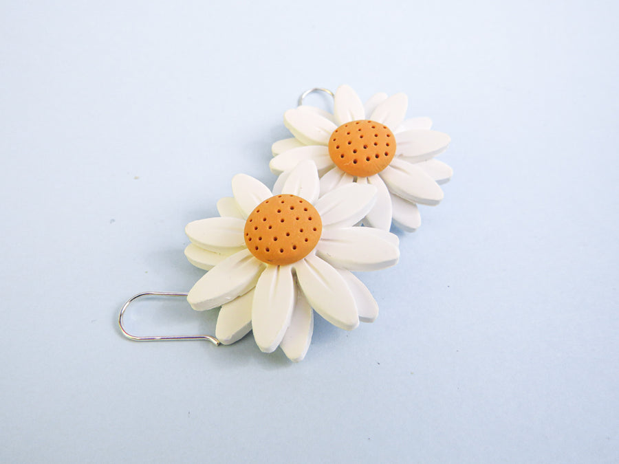 Daisy Dangle