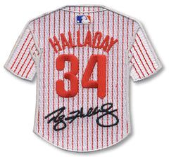 Roy Halladay jersey patch with signature
