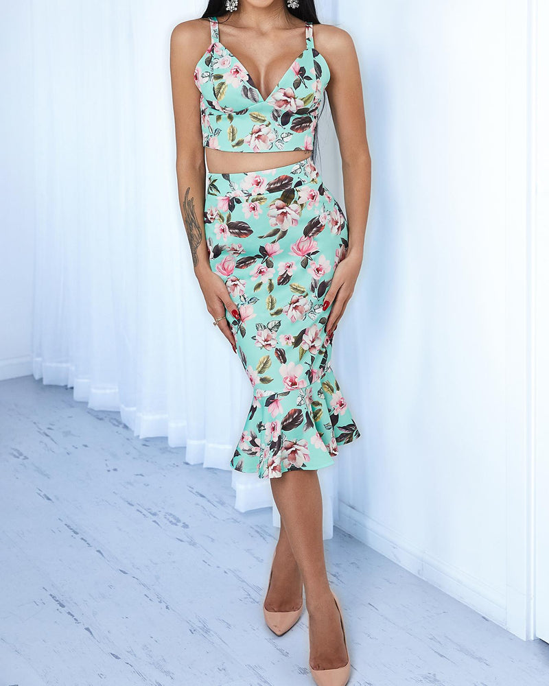Floral Pattern Bustier Top /w Ruffle Hem Skirt Set