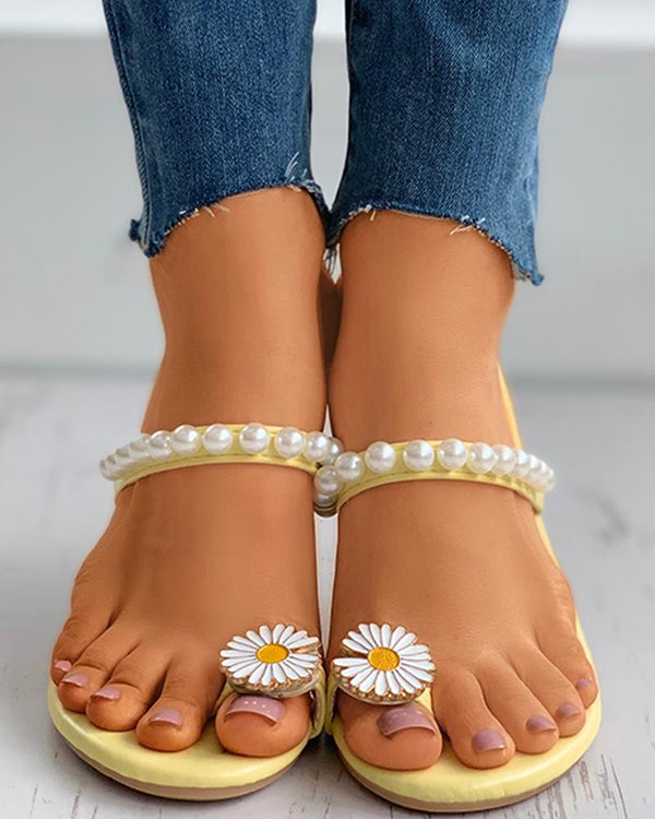 Beaded Toe Ring Daisy Pattern Flat Sandals