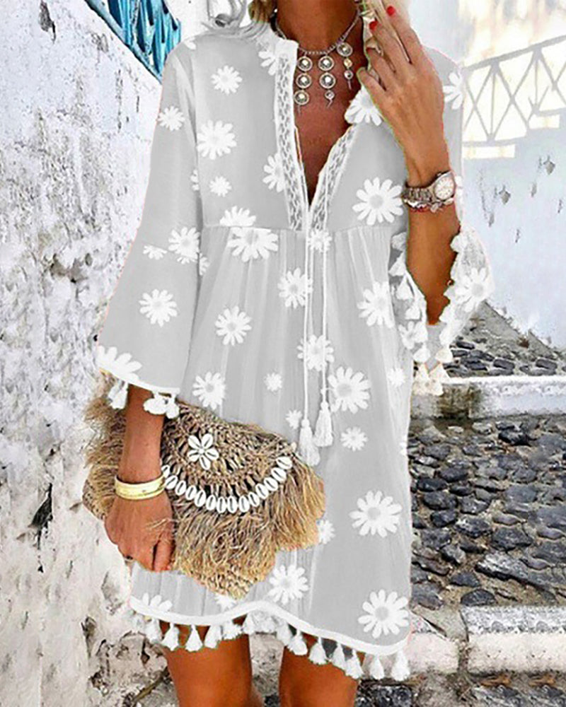 Daisy Print Tassel Design Casual Dress