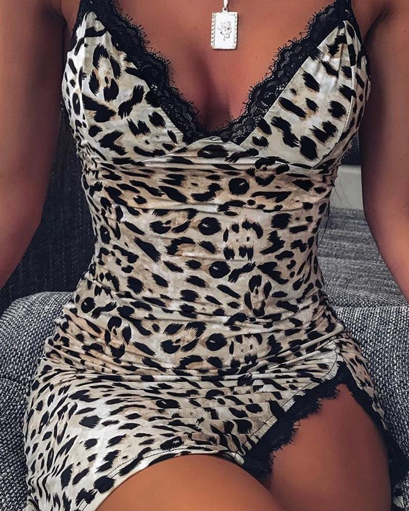 Lace Trim Bodycon Leopard Dress