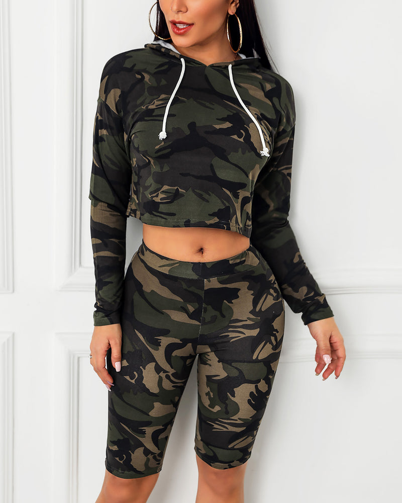 Camouflage Print Hooded Sporty Top & Pant Sets