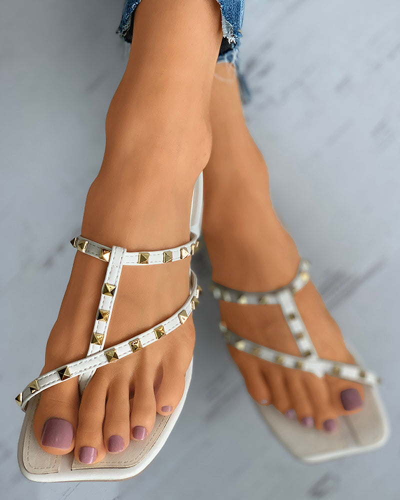 Square Toe Rivet Flat Thong Sandals