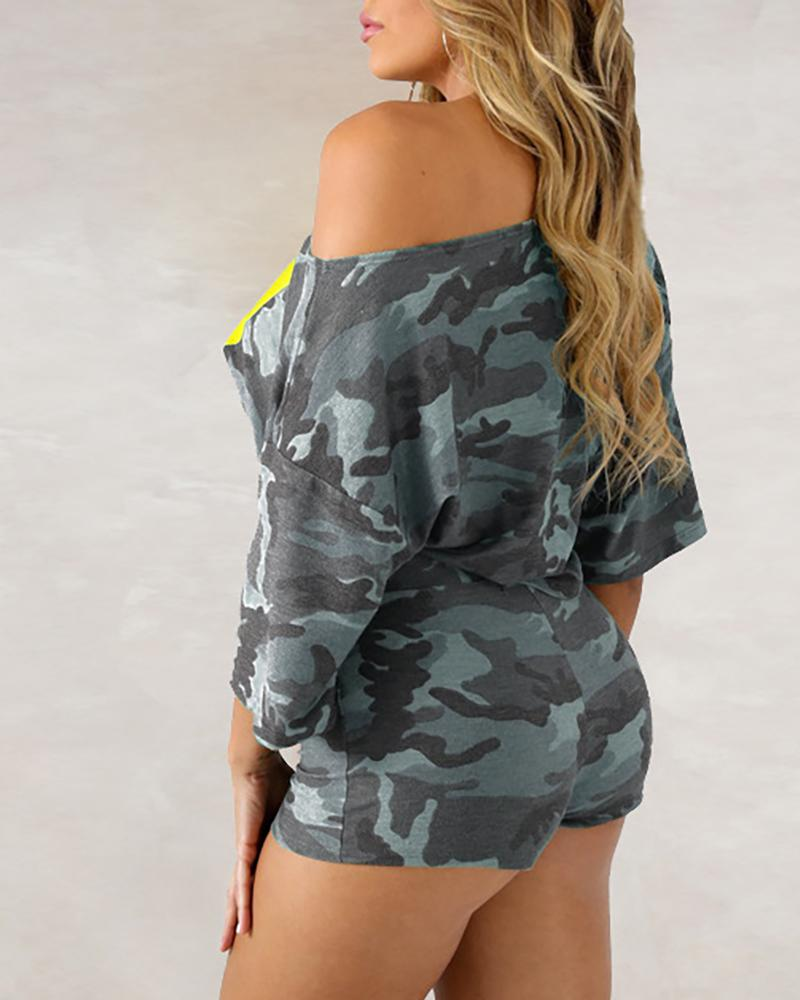 Figure Pattern Camouflage Crop Top & Shorts Sets