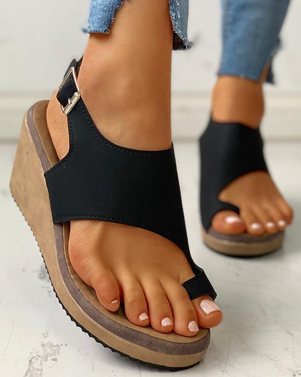 Toe Ring Cutout Slingback Sandals