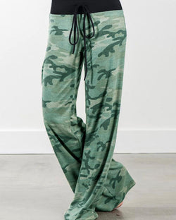 Splicing Camouflage Drawstring Wide Leg Pants