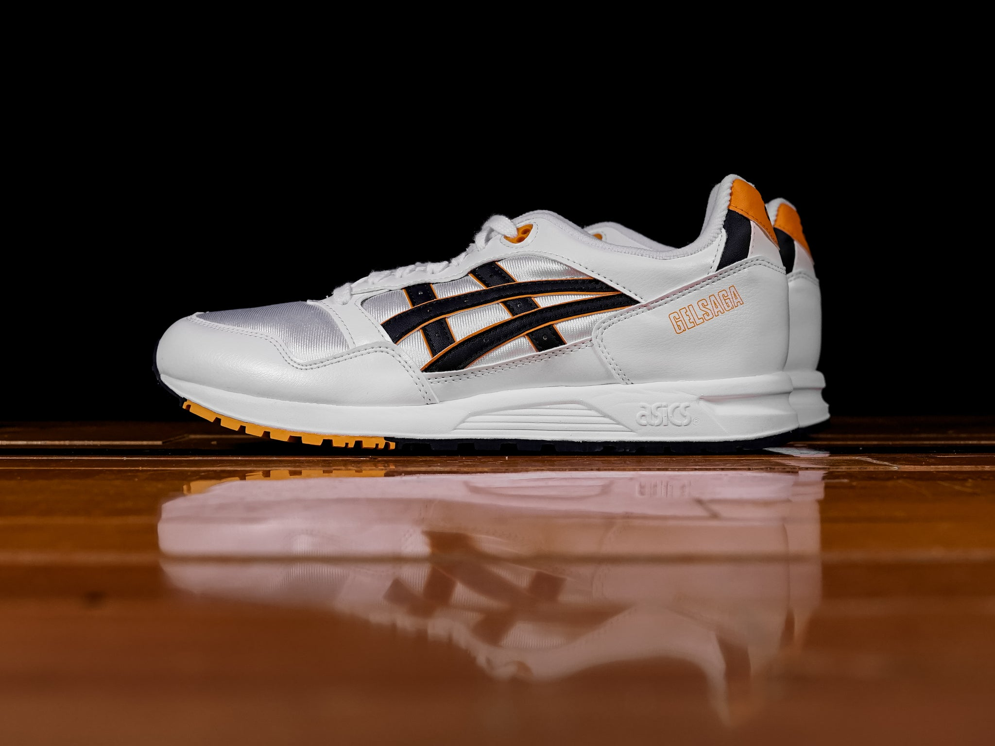 asics tiger gel saga