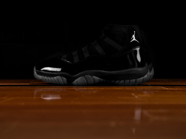 Men's Air Jordan 11 Retro 'Cap and Gown' [378037-005]