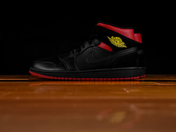 Men's Air Jordan 1 Mid 'Last Shot' [554724-076]