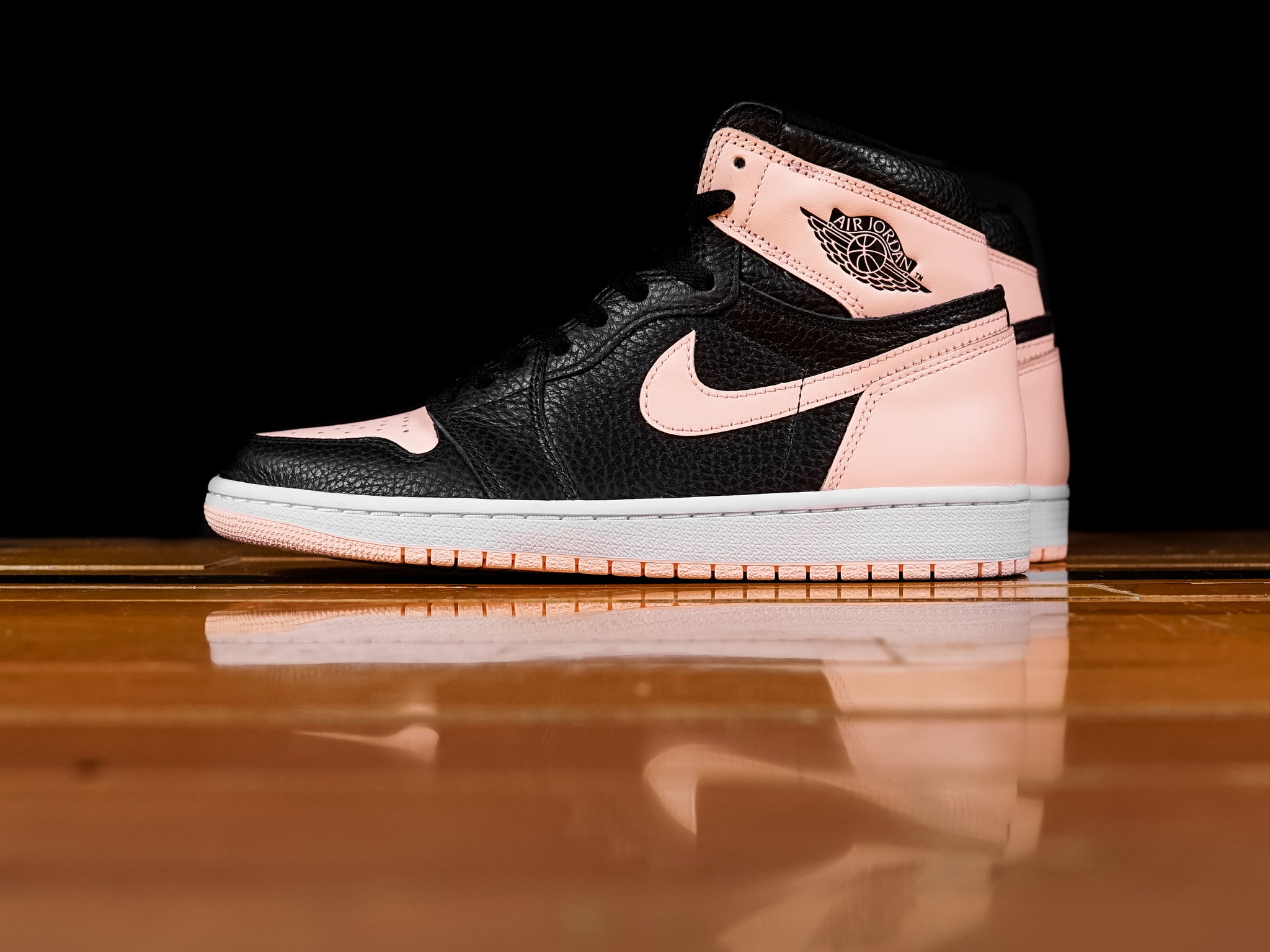 08a8117603c4 Men s Air Jordan 1 Retro High OG  Crimson Tint
