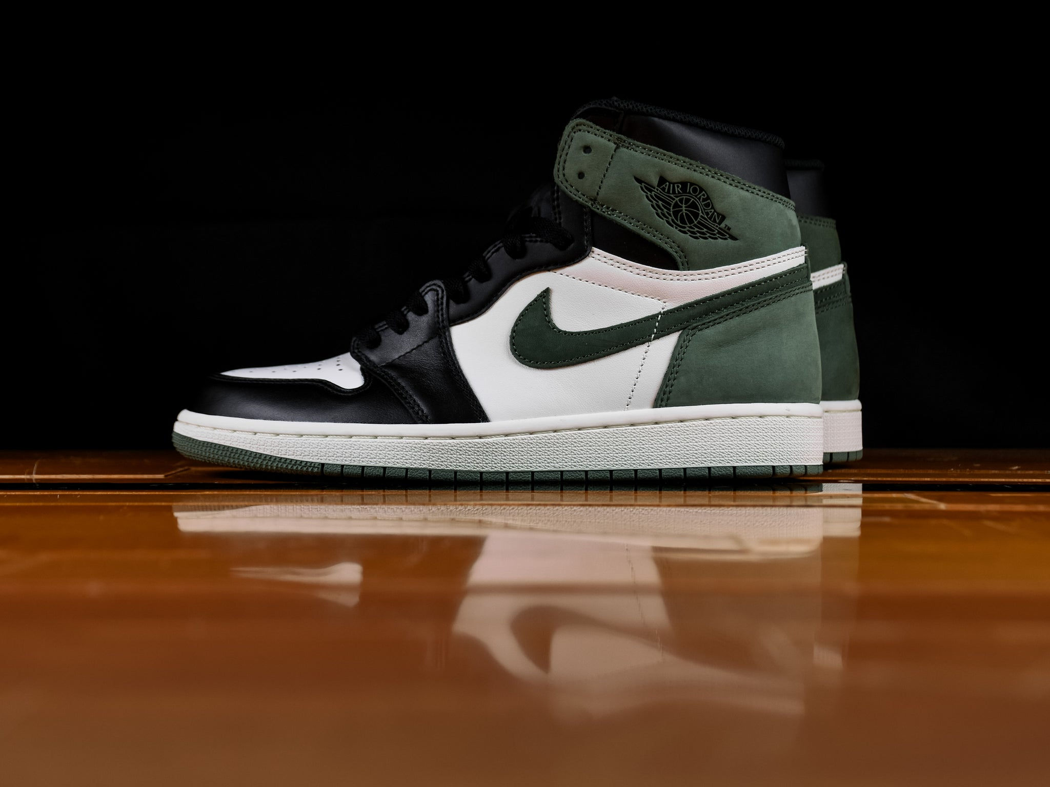 84707767fd2686 Men s Air Jordan 1 Retro High OG  Clay Green
