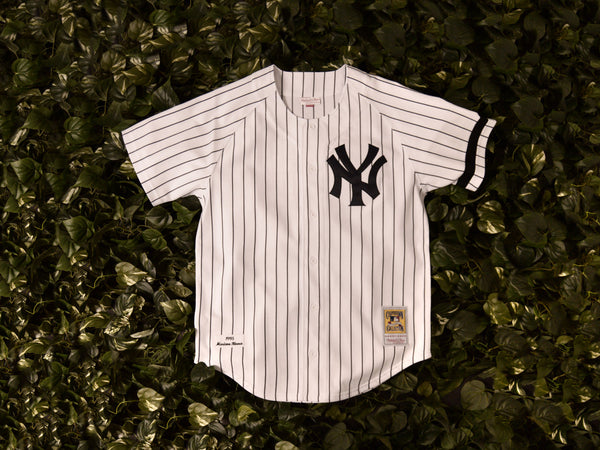 Mitchell & Ness 'Mariano Rivera' Authentic 1995 MLB Jersey [7229-418-95MRIV1]