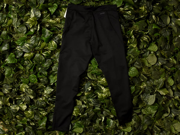 Champion W Tight Fit Capris [8278-001-BLK]