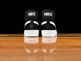 Nike SB Mens Zoom Blazer Mid Shoes