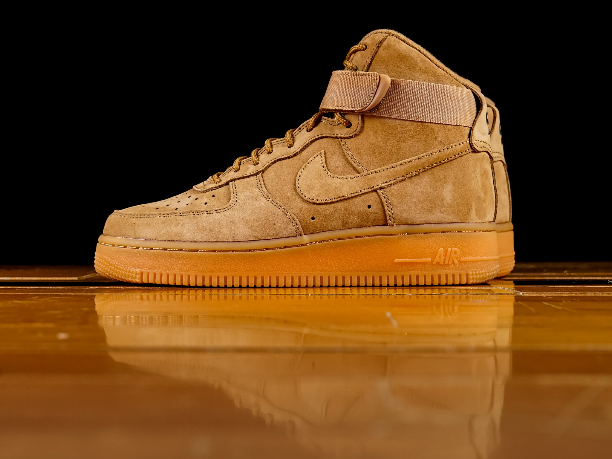 big sale 7e064 bc35d Men's Nike Air Force 1 High '07 LV8 WB 'Flax' [882096-200]