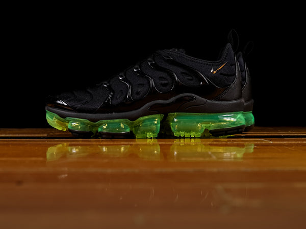 Men's Nike Air Vapormax Plus 'Volt' [924453-015]