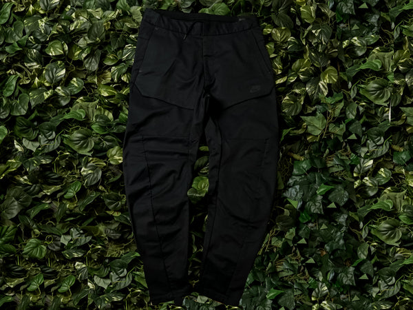 Men's Woven Cargo Pants Nike Sportswear Tech Pack [930281-010]