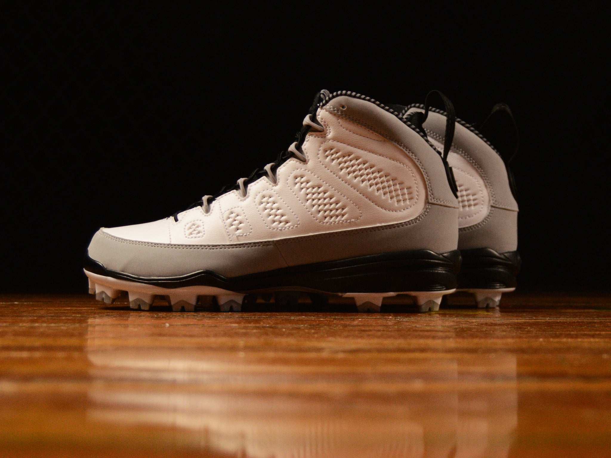 super popular 3e258 b6691 Men's Air Jordan 9 Retro MCS Cleat 'RE2PECT' [AA1264-103]
