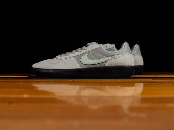 Men's Nike SB Team Classic [AH3360-303]