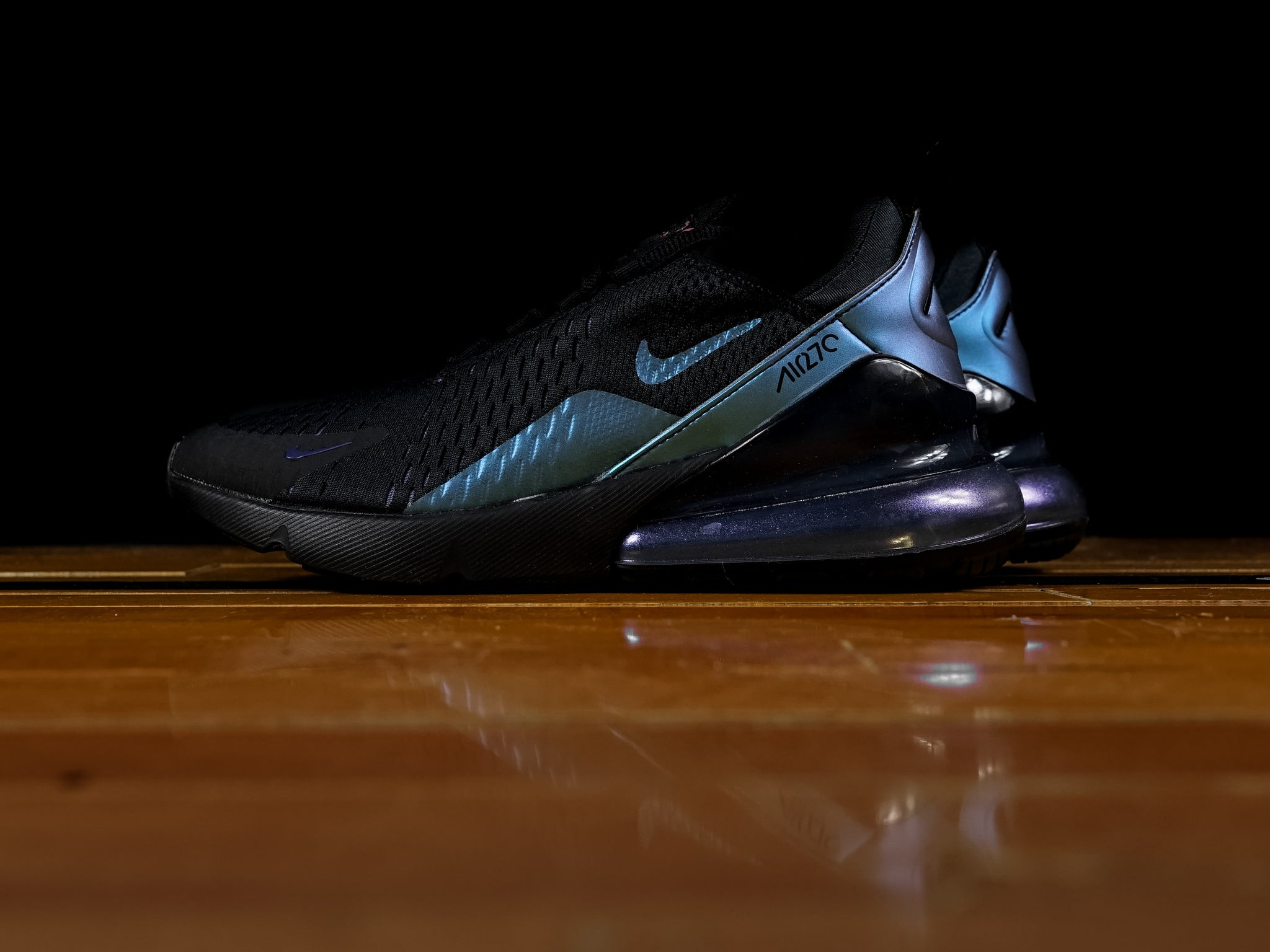 buy online 8c466 1c8b4 Men's Nike Air Max 270 'Throwback Future' [AH8050-020]