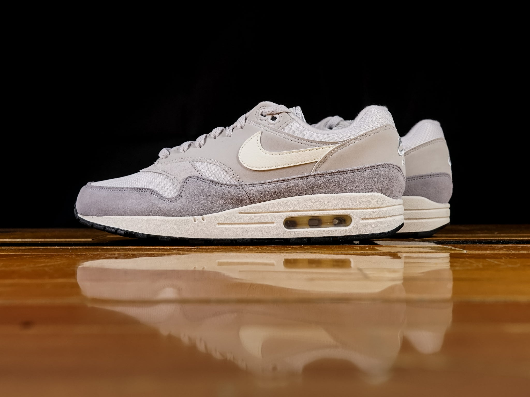 0a69826b698 Men's Nike Air Max 1 'Vast Grey' | AH8145-011 | Renarts