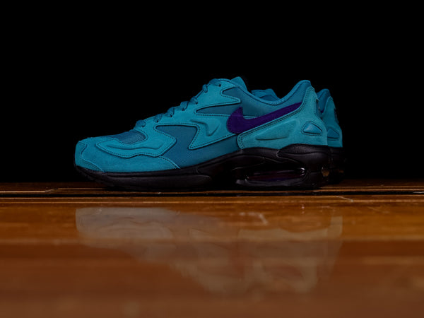 Men's Nike Air Max 2 Light 'Hornets Home' [AO1741-300]