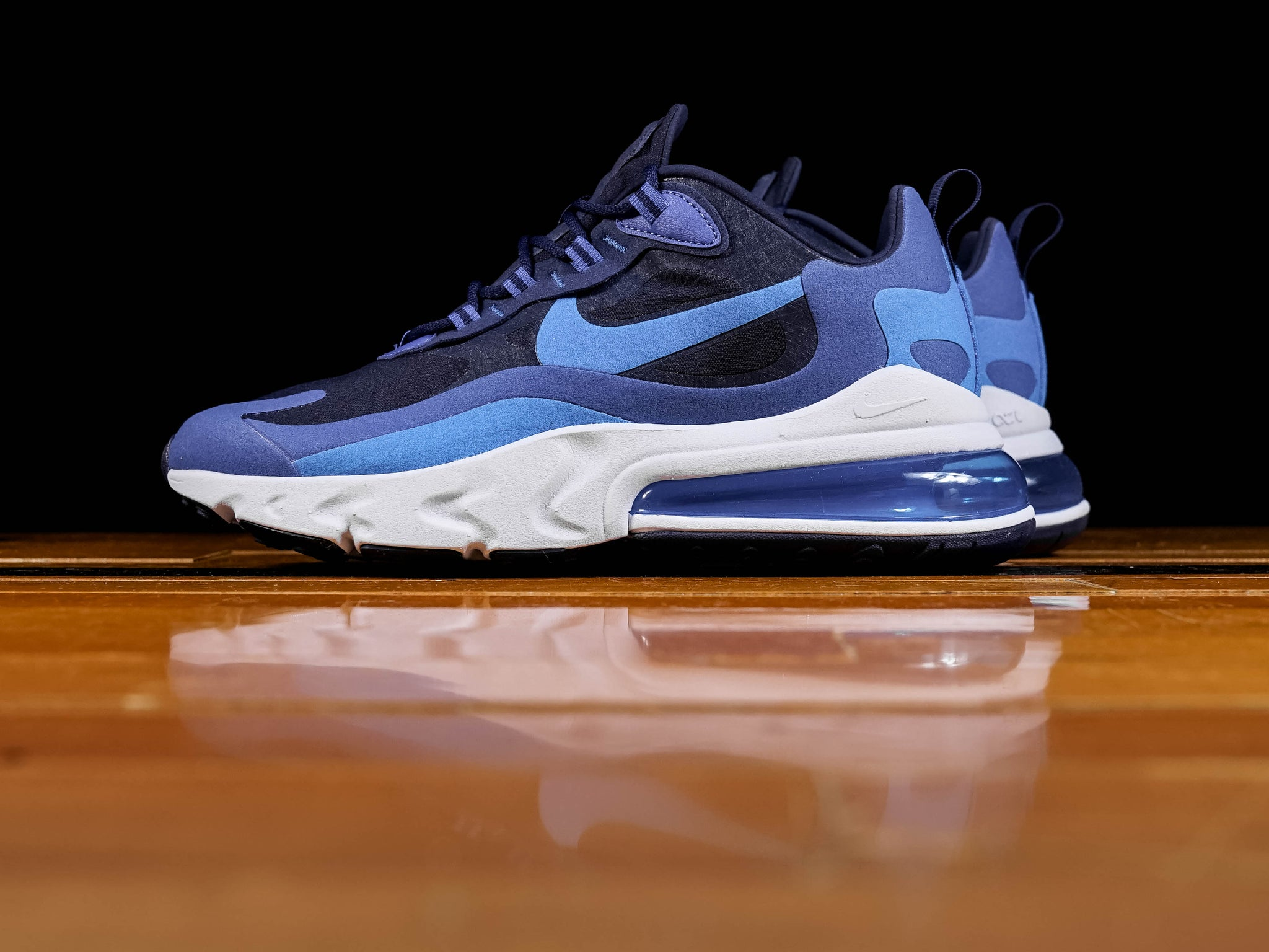 separation shoes 36faf 83cae Men's Nike Air Max 270 React [AO4971-400]