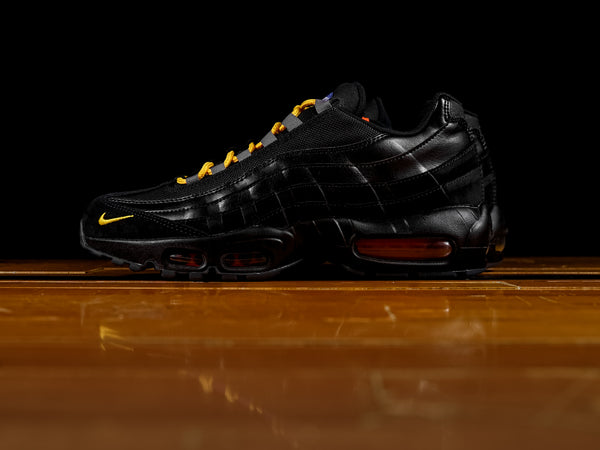 Men's Nike Air Max 95 'NYC Edition' [AT8505-001]