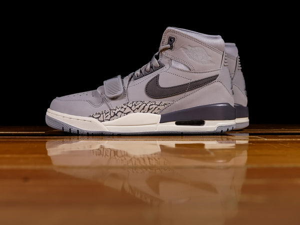Men's Air Jordan Legacy 312 'Wolf Grey' [AV3922-002]