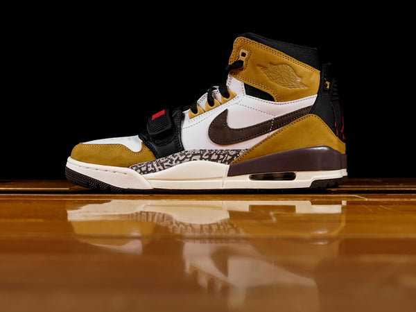 Men's Air Jordan Legacy 312 'Rookie of the Year' [AV3922-102]