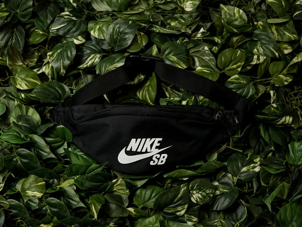 Nike SB Heritage Hip Bag [BA6077-010]