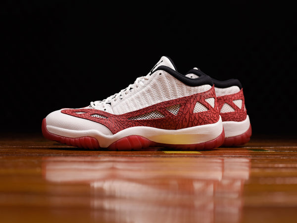 Men's Air Jordan 11 Low IE [919712-101]