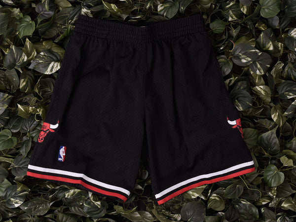 Mitchell & Ness 'Bulls' NBA Authentic Shorts [540BA-300]
