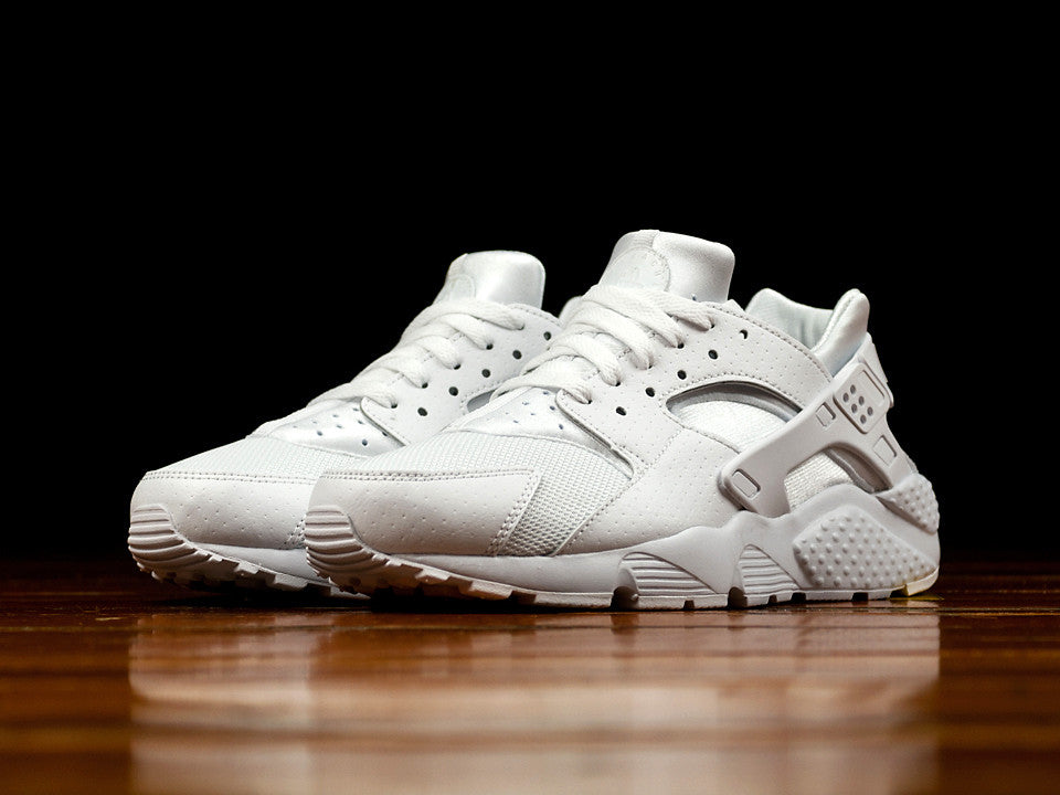 99cdbcf81756 Kid s Nike Huarache Run  654275-110
