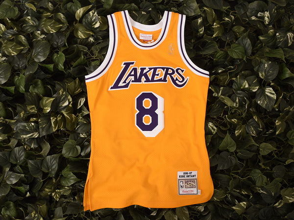 Renarts - Mitchell & Ness 'Bryant' NBA Authentic Jersey [7226A-302-96KBRYA]