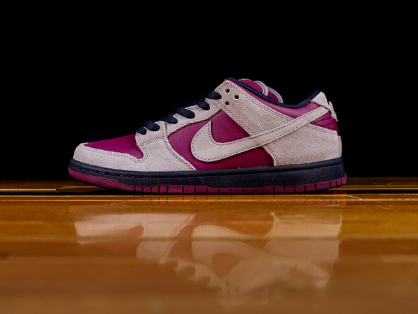 5e5fc6cdc8b Men s Nike SB Dunk Low Pro  BQ6817-001