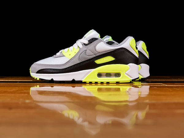 Women's Nike Air Max 90 [CD0490-101]