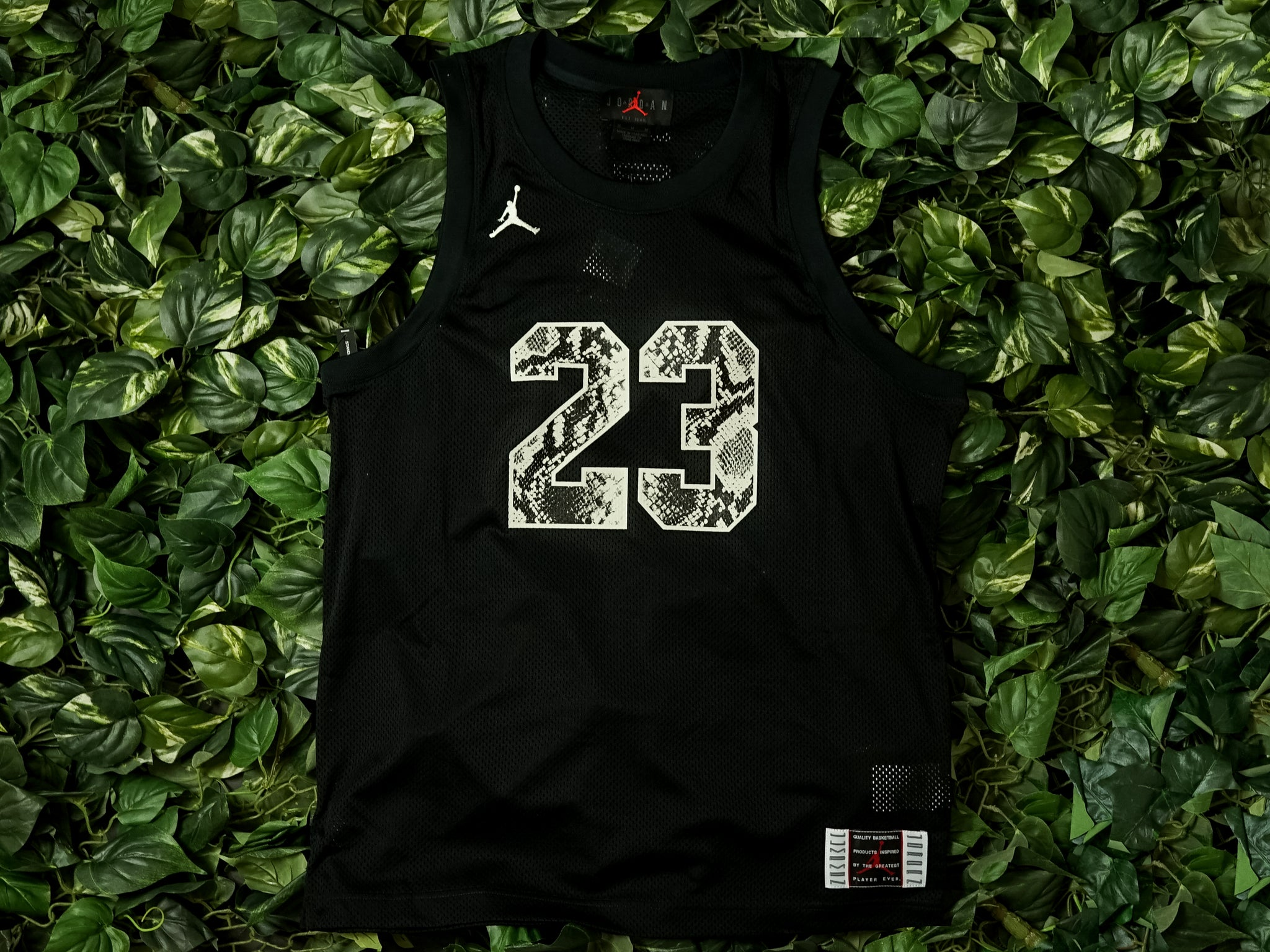 watch 75883 7d16a Men's Air Jordan Legacy AJ11 Snakeskin Jersey [CI0304-010]
