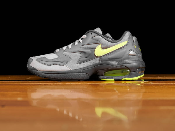 Men's Nike Air Max 2 Light [CJ0547-001]