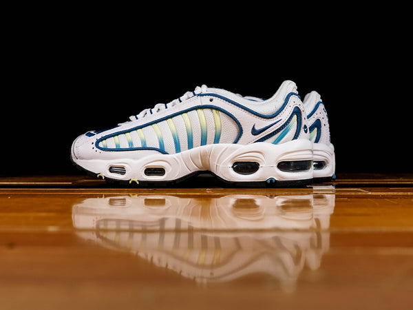 Women's Nike Air Max Tailwind IV [CJ6534-100]