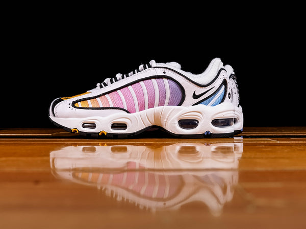 Women's Nike Air Max Tailwind IV [CJ6534-115]
