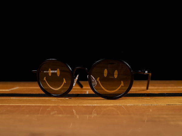 Chinatown Market Smiley Akila Sunglasses [CTMSP20-AKSGS-BK]