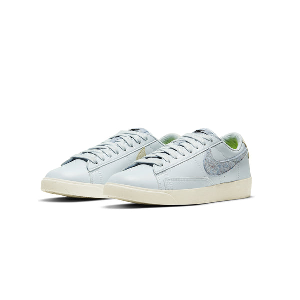 Nike Womens Blazer Low SE Shoes