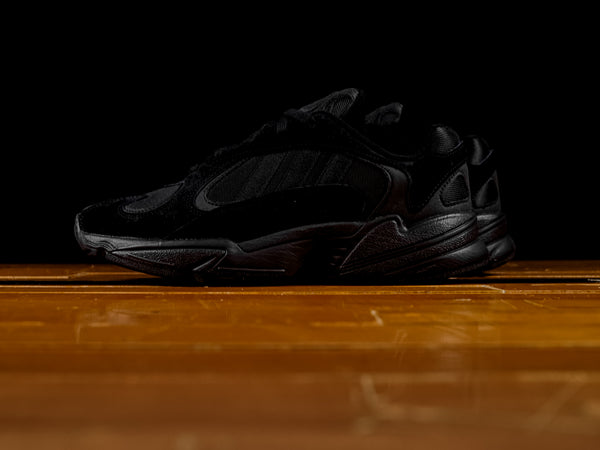Men's Adidas Yung-1 'Triple Black' [G27026]
